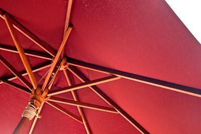 red_umbrella2.jpg