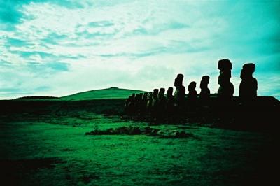 silhouette of the moai #4