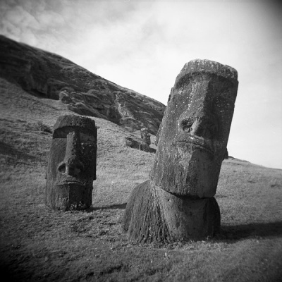the moai: pola vs lomo vs holga #2