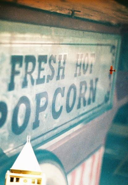 popcorn + red plane